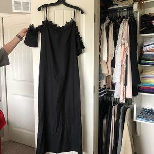 Boohoo black off the shoulder maxi dress Size 4